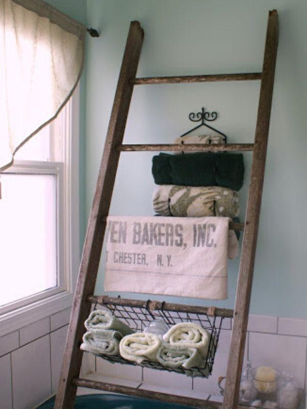 Barn Bath Storage Ladder