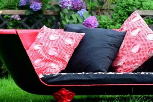 Bathtub Sofa with pillows on it