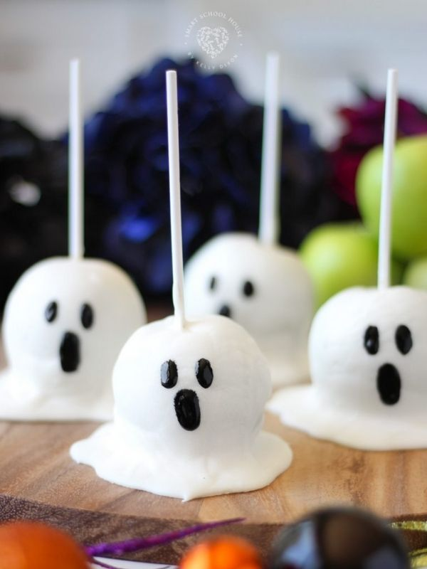 Candy Apple Ghosts