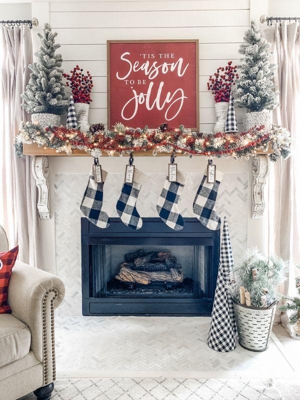 Mantel Christmas Decor