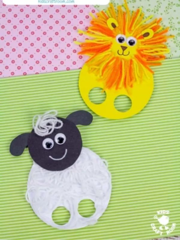 March Lion and Lamb Finger Puppet Crafts