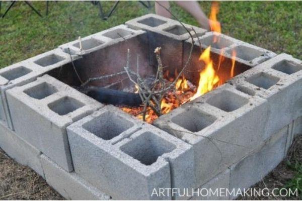 DIY Cinder Blocks Fire Pit