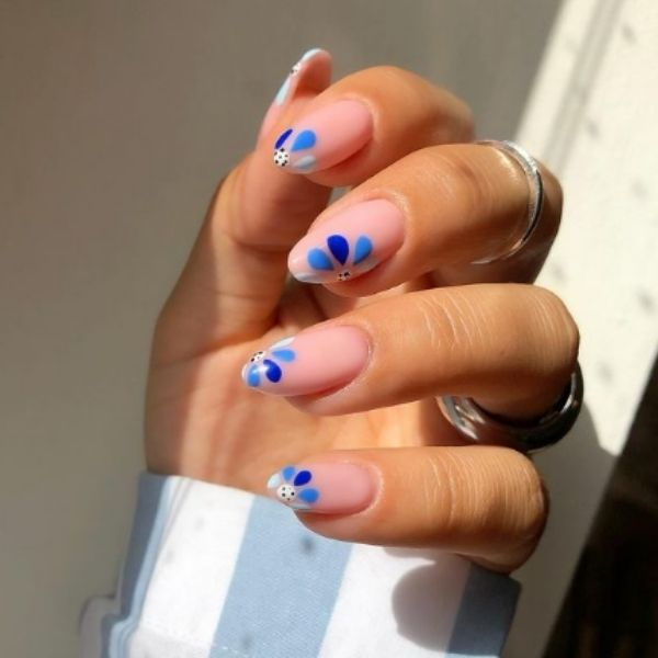 Blue Gradient Spring Floral Acrylic Nails