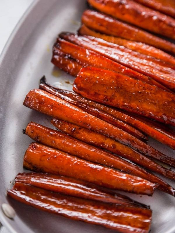 Balsamic Glazed Roasted Carrots