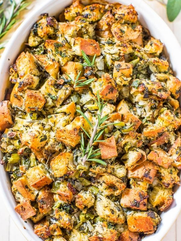 Classic Traditional Thanksgiving Stuffing