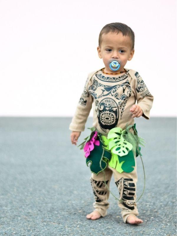 DIY Maui Halloween Costume with Cricut Costume