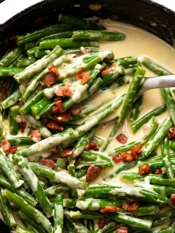 Green Beans in Creamy Parmesan Sauce