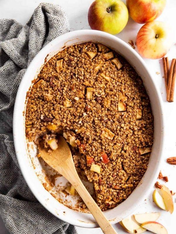 Cinnamon Apple Baked Oatmeal