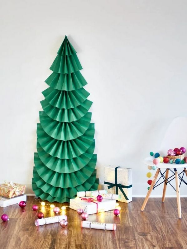 DIY Folded Paper Christmas Tree