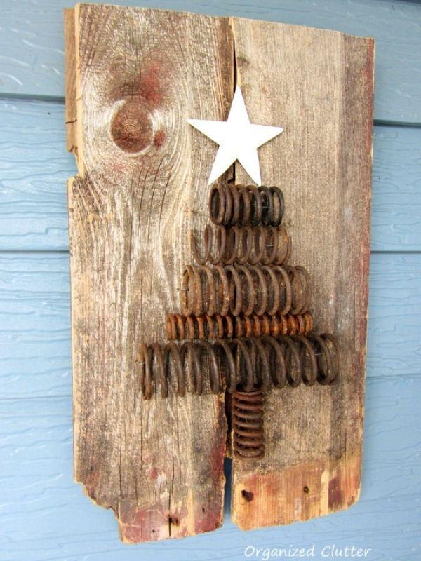 DIY Rusty Christmas Tree