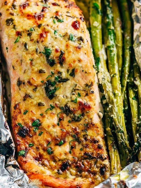 Lemon Parmesan Salmon and Asparagus Foil Packs